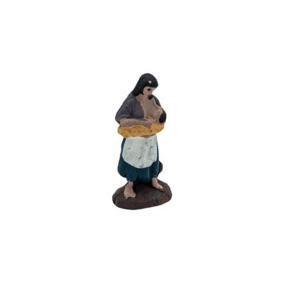 Donna che allatta la figlia in terracotta 2 cm