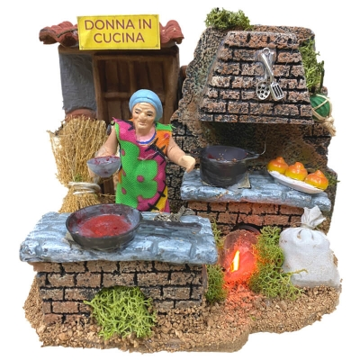 Donna in cucina in movimento 7 cm