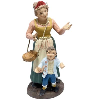 Donna con bambino in terracotta 12 cm
