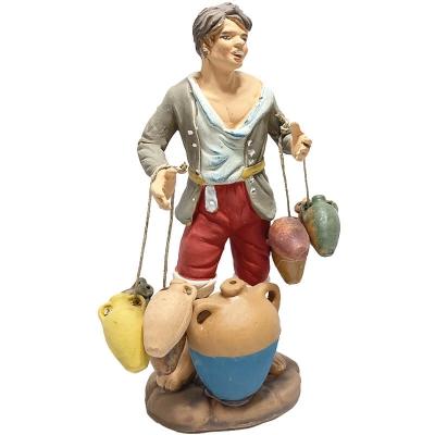 Uomo che porta brocche di acqua in terracotta 15 cm