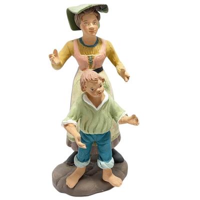 Mamma con figlio in terracotta 15 cm