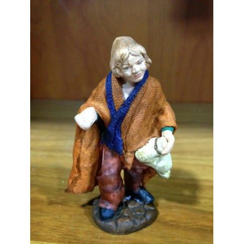 Uomo con pecora in terracotta con vestiti di stoffa 7 cm