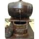 Vinaio artigianale in legno funzionate con vero vino 30 cm