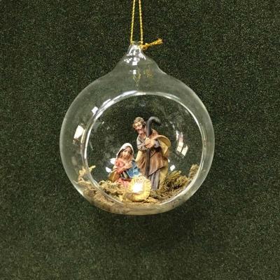 Pallina di Natale in vetro soffiato con presepe all'interno 8 cm