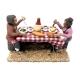 2 pastori a tavola che mangiano 10 cm