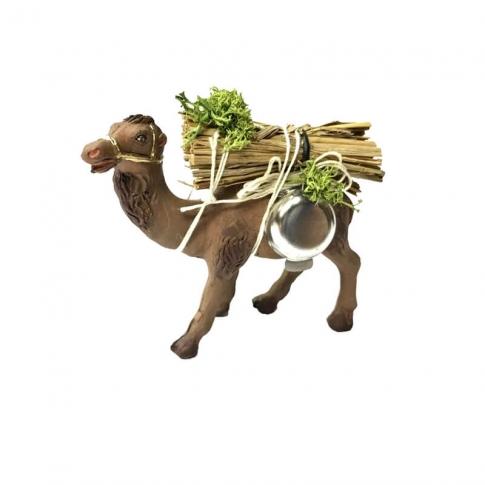 Cammello che trasporta fascine e pentola in terracotta 7 cm