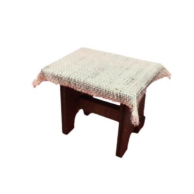 Tavolo con tovaglia bianca per pastori da 7 a 10 cm