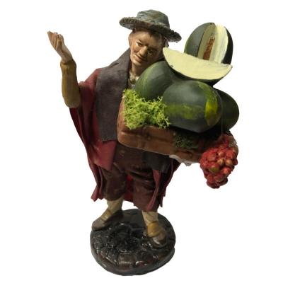 Fruttivendolo in terracotta con vestiti di stoffa 12 cm