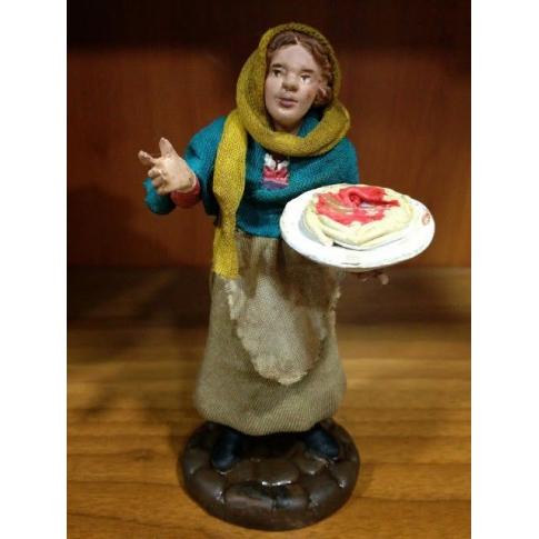 Donna con piatto di spaghetti in terracotta con vestiti di stoffa 12 cm
