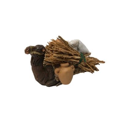 Cammello seduto con sacchi,anfore e fascine 7 cm