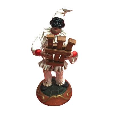 Pulcinella in terracotta con Triccaballacche 15 cm