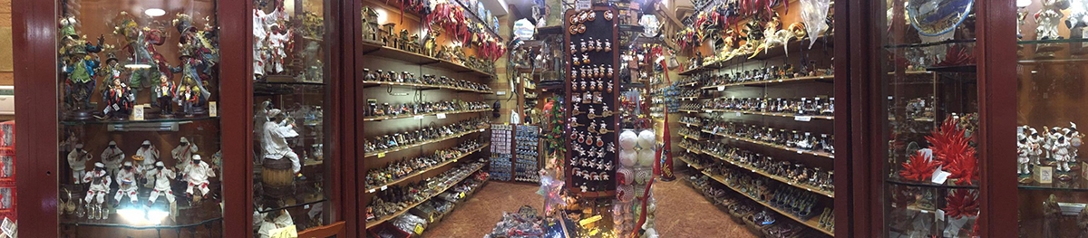 Negozio presepi di San Gregorio Armeno | Napoli